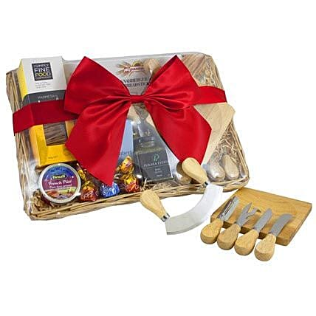 Cheese Set Picnic Basket: Send Diwali Gifts to Australia