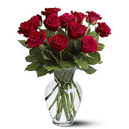 Dozen Red Roses: Birthday Flowers to Australia
