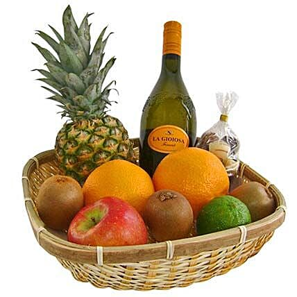 Our Healthy and Fruity Gift Basket: Send Gift Baskets to Germany