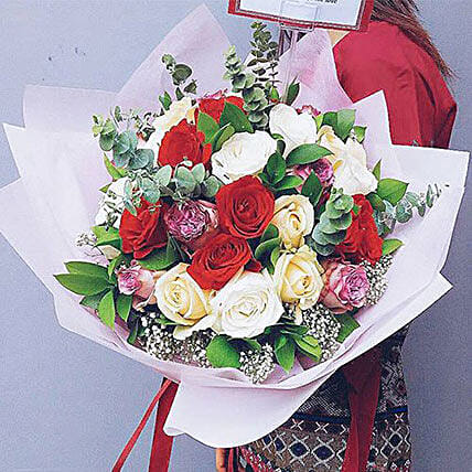 Vivid Rose Bouquet: Send Flowers to Indonesia