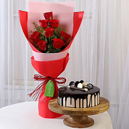 8 Red Roses with Choco Cream Cake Combo: Buy Flowers Combo