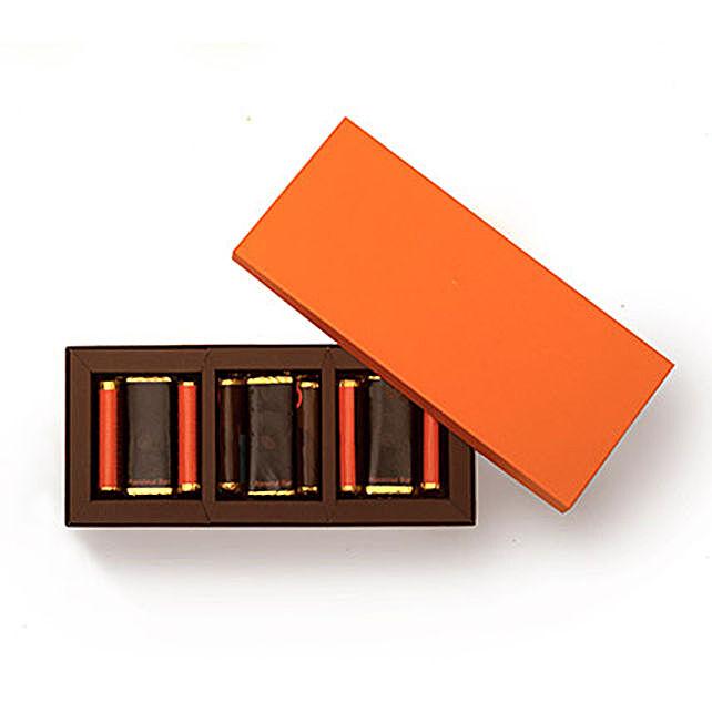 Almond Nutella Sticks and Hazelnut Chocolates Gift Combo: Combo Gifts