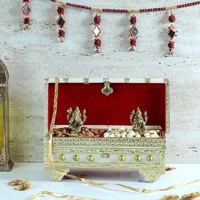 Almonds & Lakshmi Ganesha Idols in Designer Box: Laxmi Ganesha Idol Gifts