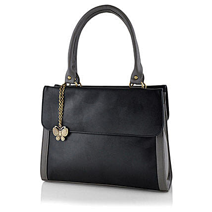 Butterflies Ravishing Black Handbag: Handbags and Wallets Gifts