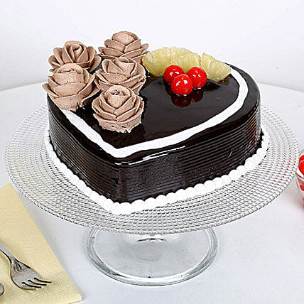 Chocolate Heart Cake: Heart Shaped Gifts