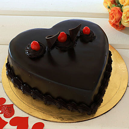 Chocolate Truffle Heart Cake: Heart Shaped Cakes Dehradun