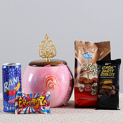 Cookies & Candies Hamper: Send Birthday Gift Hampers