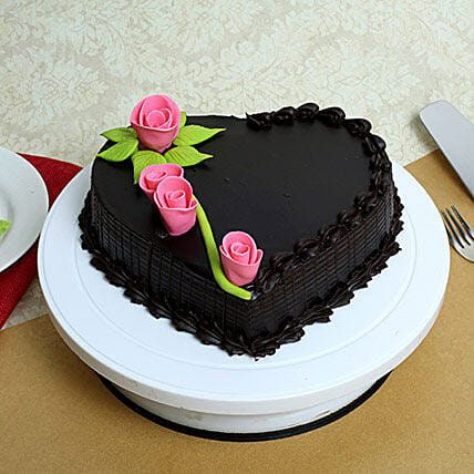 Delicious Heart Shaped Truffle Cake: