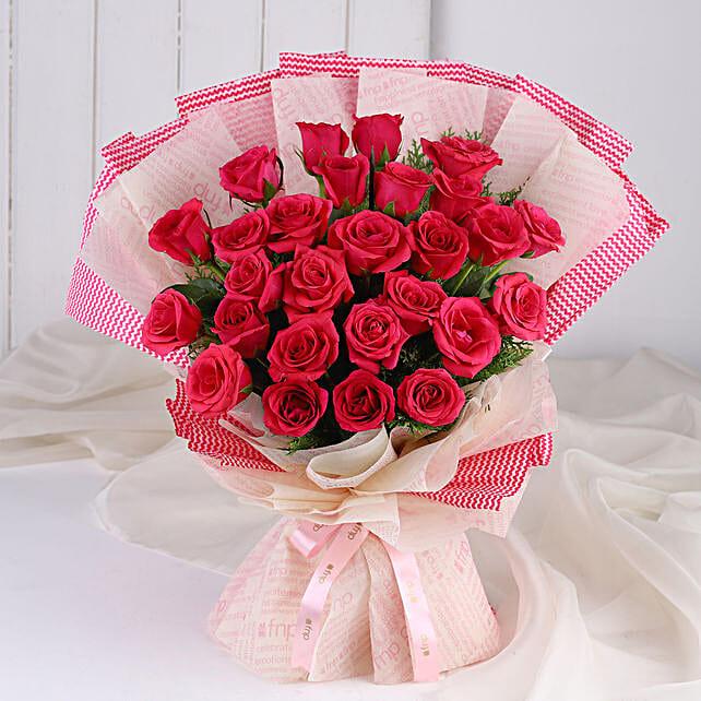 Cute Pink Roses Bunch: Designer Bouquet