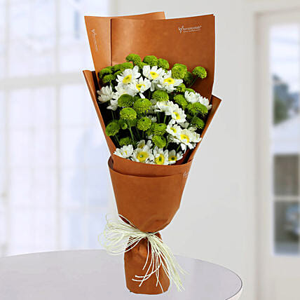 Daisy Bunch With Green Button: Designer Bouquet