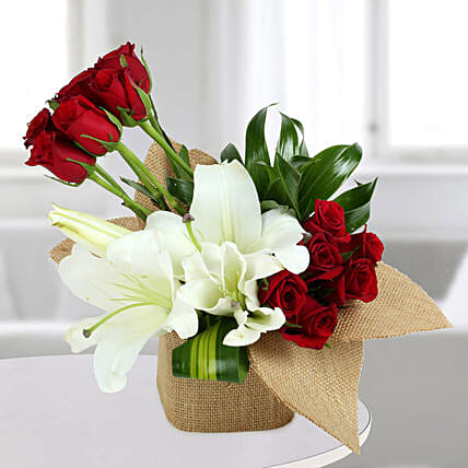 Delightful Flowers Vase Arrangement: