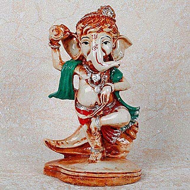 Divine Ganesha Idol: Spiritual Gifts