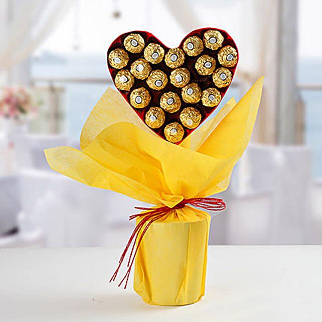Ferrero Rocher Heart Bouquet: Ferrero Rocher Chocolates