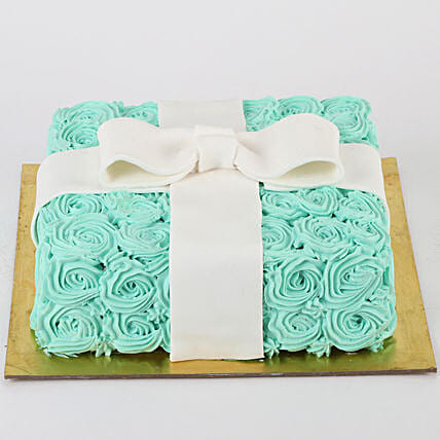 Floral Designer Cake: Designer Cakes