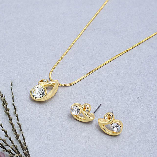 Golden Beauty: Return Gifts