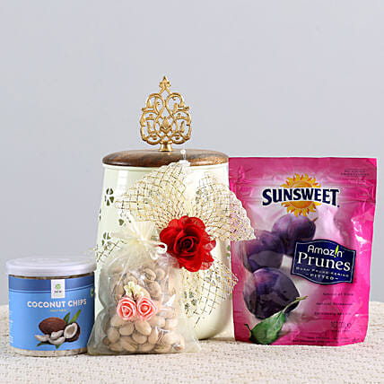 Healthy Snacks Hamper: Gift Hampers