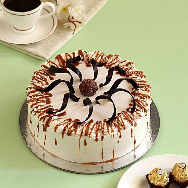 Heavenly Caramel Cream Cake: Caramel Cakes