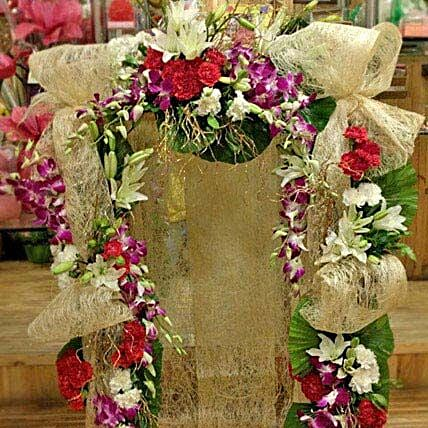 Jute N Exotic Flowers Decoration: Send Carnations