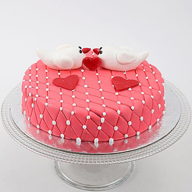 Kissing Birds Cake: