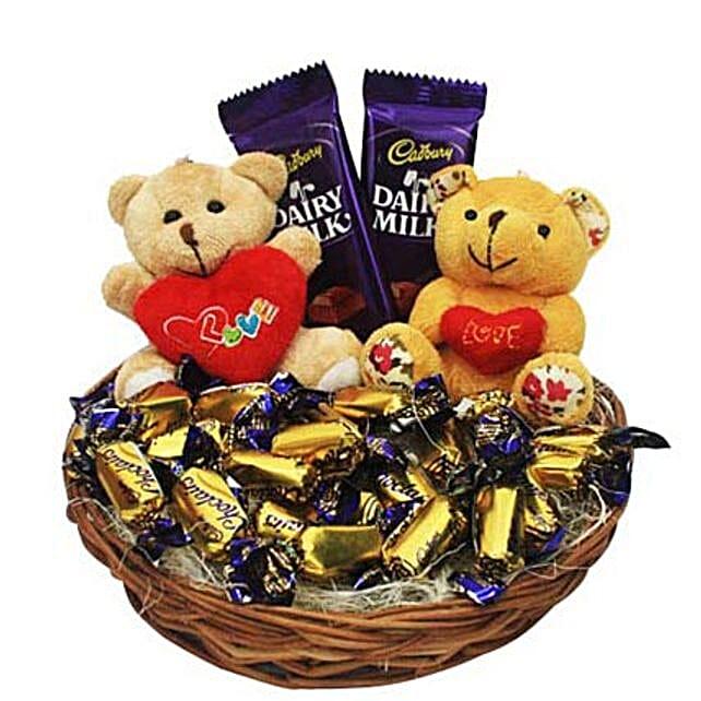 Love Rules Hamper: Send Valentines Day Gift Baskets