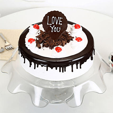 Love You Valentine Black Forest Cake: Gifts for Hug Day