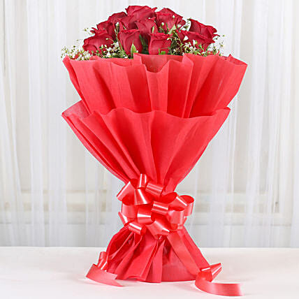 Lovely Red Roses Bouquet: Red Flowers