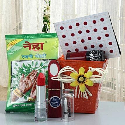 Make Up Essentials: Cosmetics & Spa Hampers for Karwa Chauth