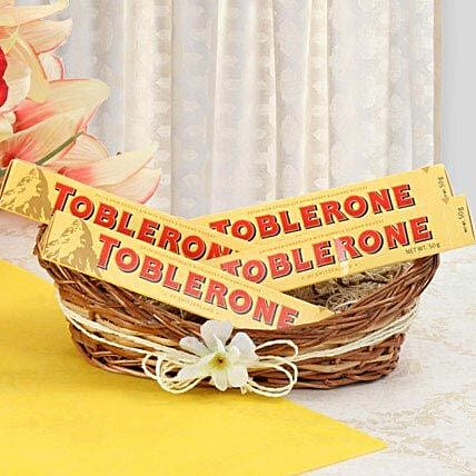 Munch With Toblerone: Gift Hampers