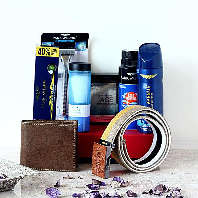 Park Avenue Wallet & Belt Combo Set For Men: Gift Hampers