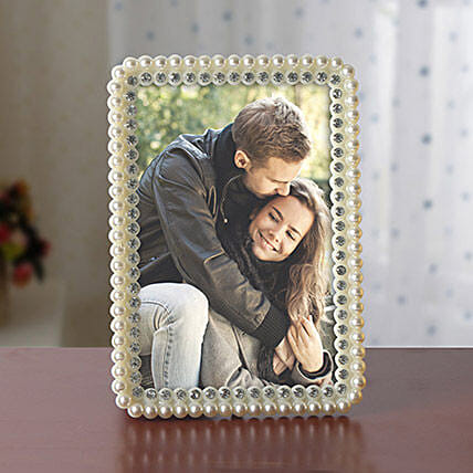 Personalized White Pearls Photo Frame: Photo Frame Gifts for Birthday