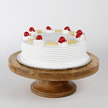 Pineapple Cake: Gifts For Kiss Day