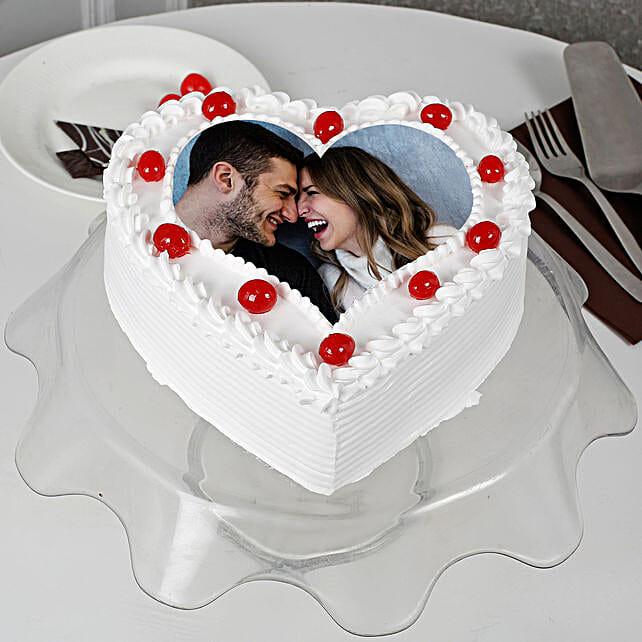 Pineapple Photo Cake- Heart Shaped: Send Photo Cakes