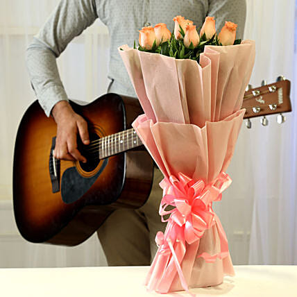 Pink Roses & Hearty Notes Combo: Flowers & Guitarist Service