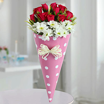 Pink Roses N White Daisies Bunch: Designer Bouquet