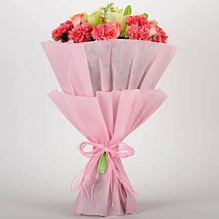 Ravishing Mixed Flowers Bouquet: Anniversary Flowers