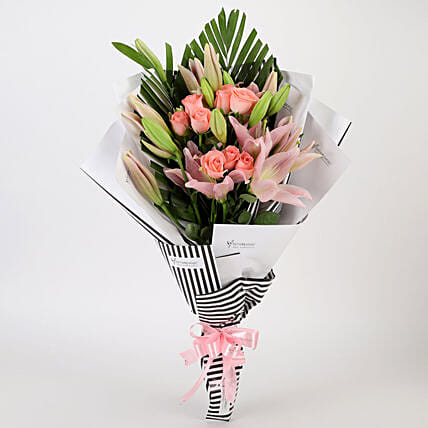 Roses & Lilies Striped Bouquet: Exotic Flowers