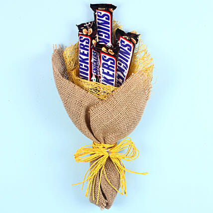 Snickers Chocolate Bouquet: Gifts for Chocolate Day