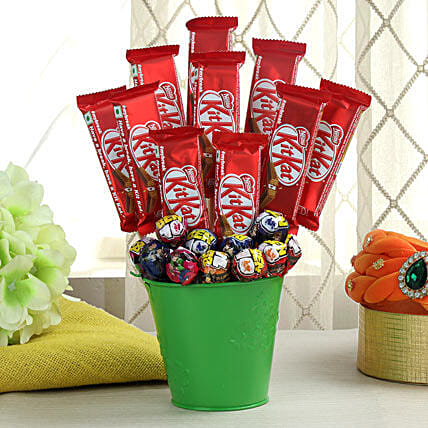 Bucket Full of Chocolates & Lollipops: Send Chocolate Bouquet