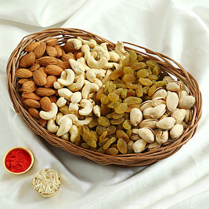 Mixed Basket Of Dry Fruits: Gift Baskets to Ludhiana