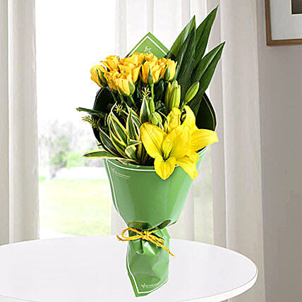Yellow Roses & Asiatic Lilies Bouquet: Send Roses