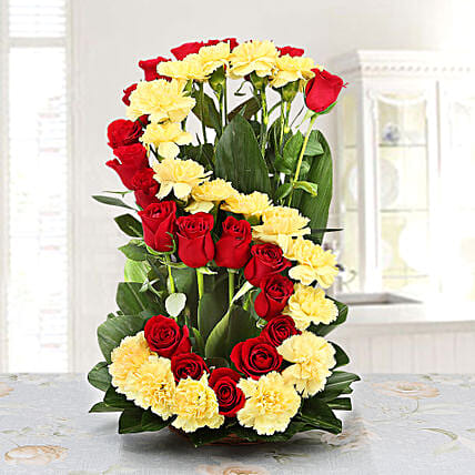 Personalised Floral Arrangement: Personalised Gifts Secunderabad