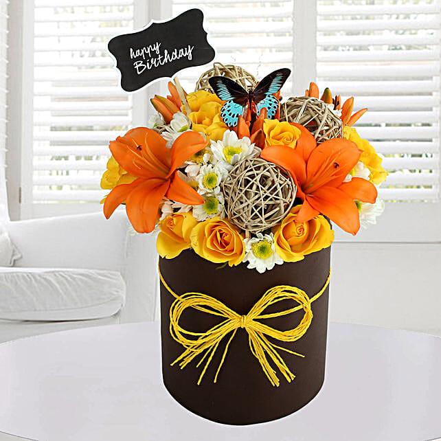 Sunny Floral Arrangement: Vase Arrangements