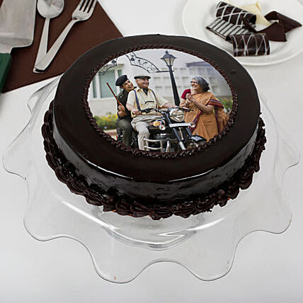 Yummy Chocolate Photo Cake For Dad: Photo Cakes
