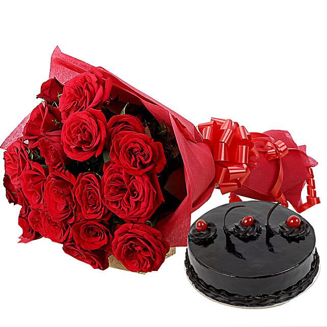 Roses N Chocolaty Love: Hug Day Gifts