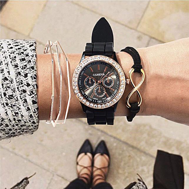 Radiant Black Bracelet Stack: Fashion Accessories