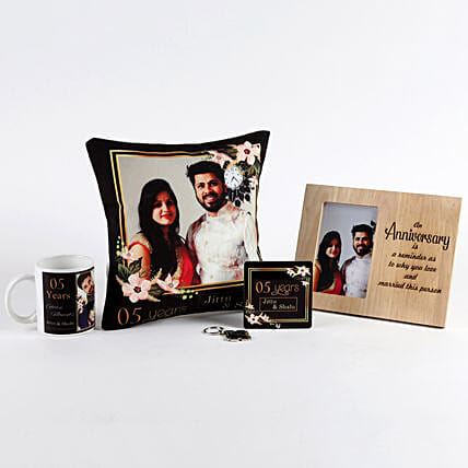 Anniversary Special Personalised Gift Set: Personalised Gifts Combos