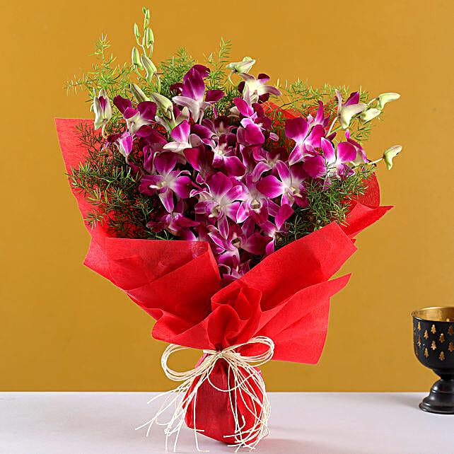 Perfect N Elegance: Send Gifts to Vapi