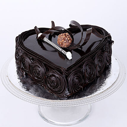 Special Floral Chocolate Cake: Send Heart Shaped Cakes