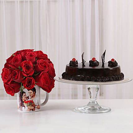 Truffle Cake & 20 Red Roses Mug: Personalised Gifts Combos