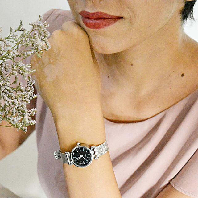 Metallic Black Watch: Fashion Accessories